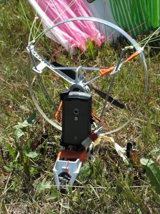 SkySurfer avec téléphone portable