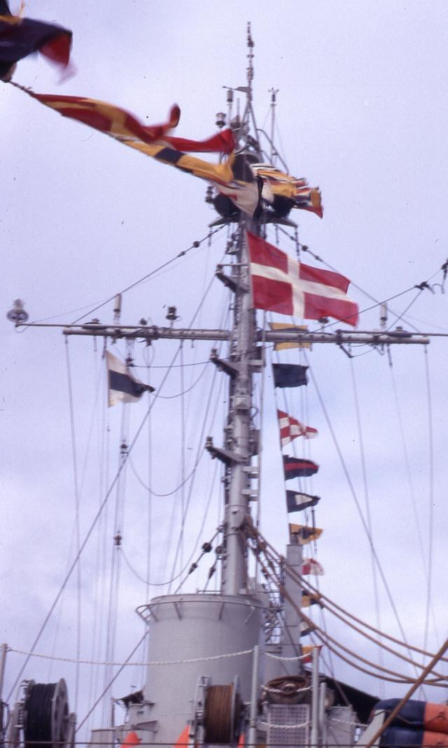 [ Les traditions dans la Marine ] LE GRAND PAVOIS Grand_10