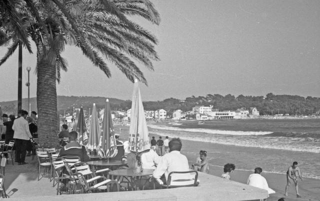 [Les ports militaires de métropole] TOULON au début des années 60 - Page 5 Sablet10