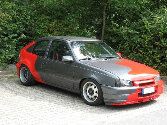 Burnie's Kadett E-CC Opel_k10