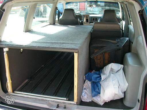Chrysler Voyager S1 2.5L essence sur le bon coin ex corbillard  Corbil10