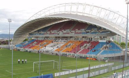 Quel est ce stade ? - Page 6 Stade10