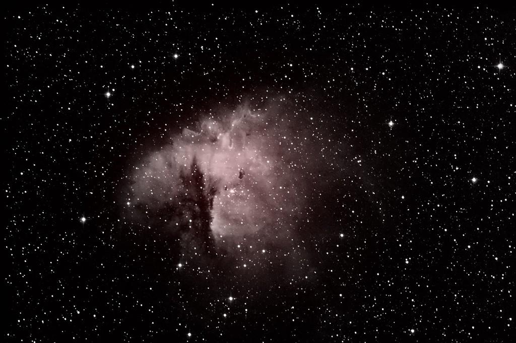 Debut astrophoto NGC 281 en h alpha Pacman12