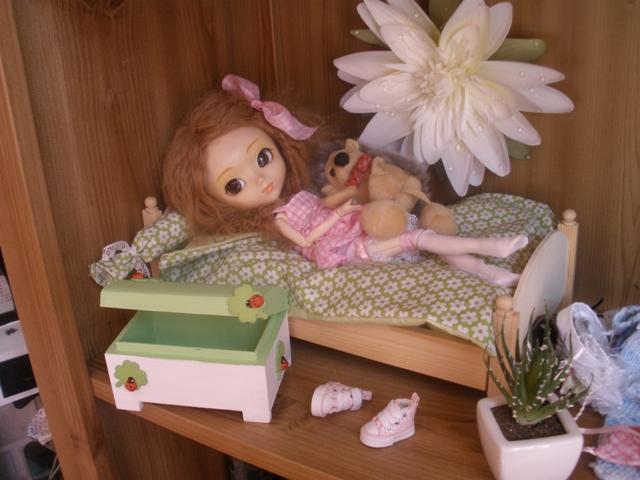 La dollhouse de mes puces Akane411