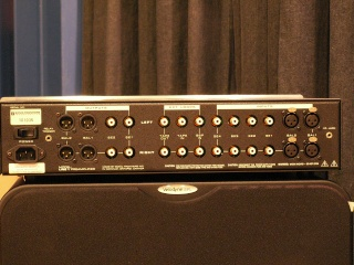 Sonic Frontiers Line 1 preamp (Used) 44a10