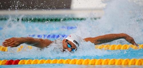 Slike plivača i plivačica...... ;) Cavic_11
