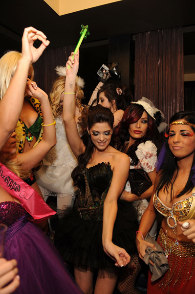Veuve Clicquot's Yelloween At Tao & Lavo (31 Octobre 2009) 58795614