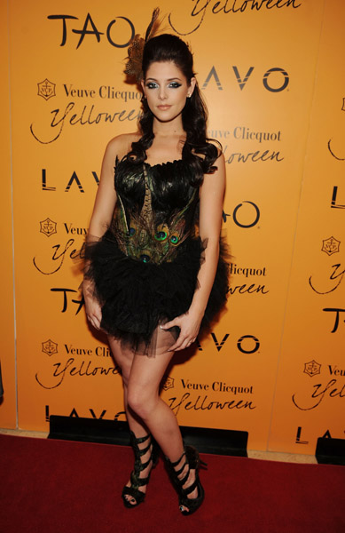 Veuve Clicquot's Yelloween At Tao & Lavo (31 Octobre 2009) 58795710