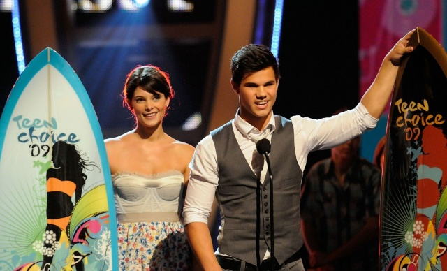 Aux Teen Choice Awards (9 août 2009) 72463_10