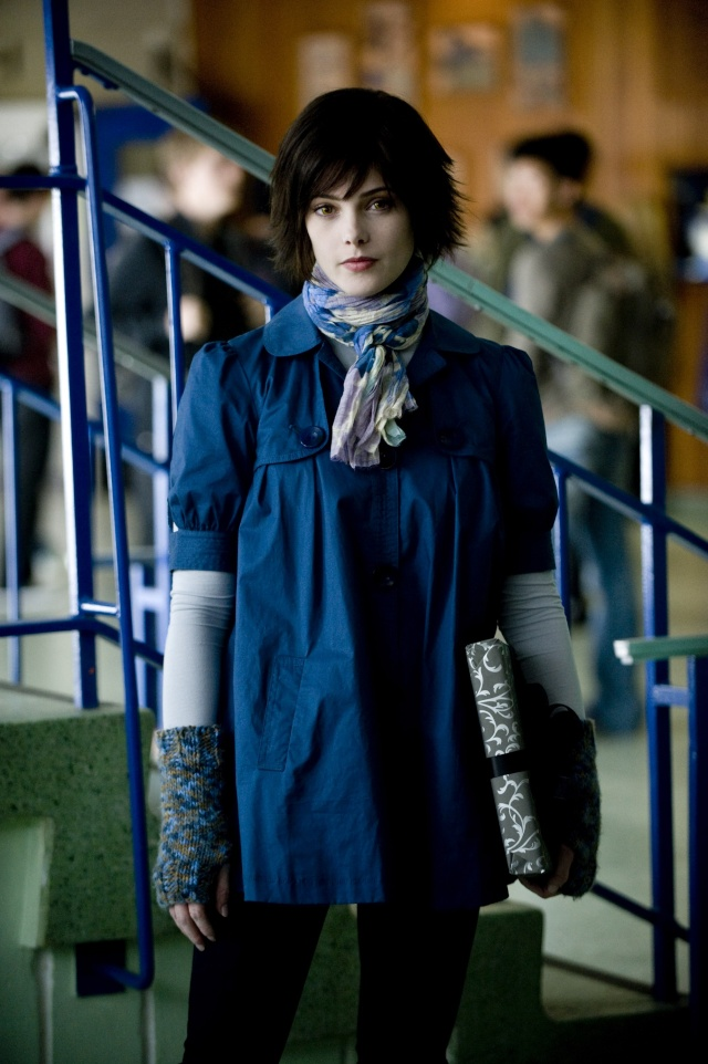 Photos Officielles d'Alice Cullen New_mo10