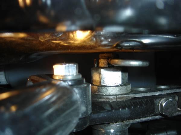 Montage de 4 pots de 900 sur une Z1000 Droite17