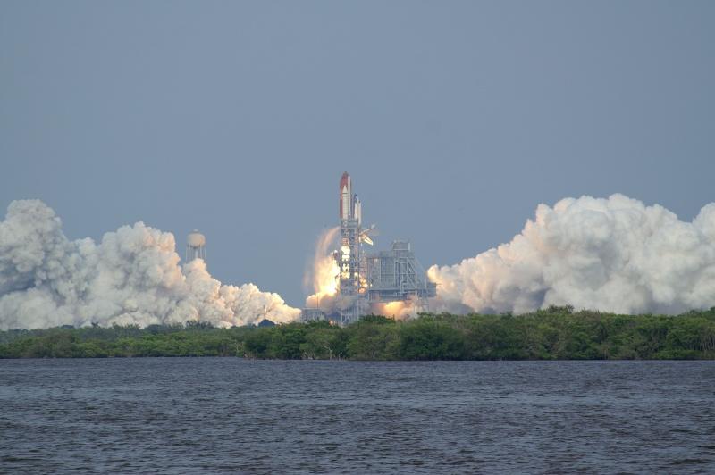 [STS-127: Endeavour] Lancement : tentative 6 (15/07 à 22h03 GMT) - Page 32 Sts-1213