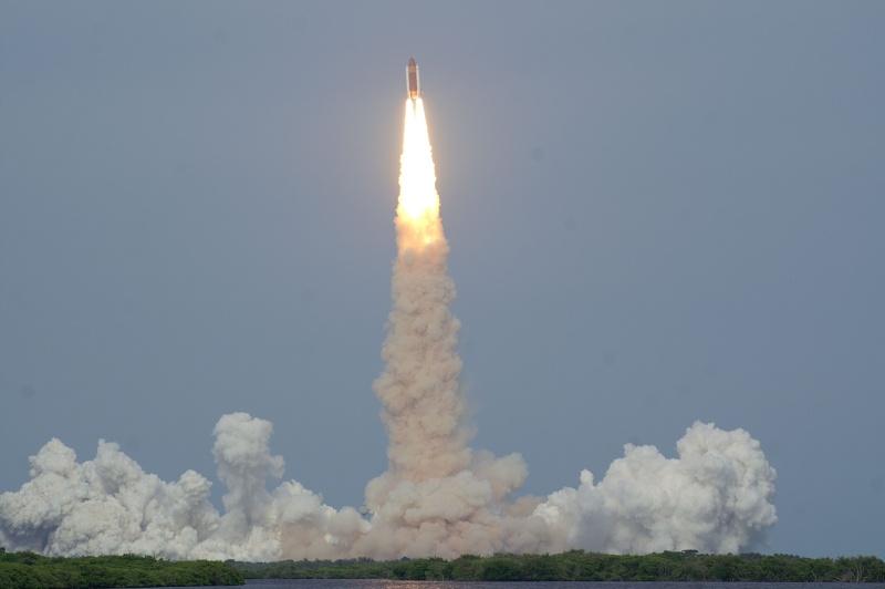 [STS-127: Endeavour] Lancement : tentative 6 (15/07 à 22h03 GMT) - Page 32 Sts-1216
