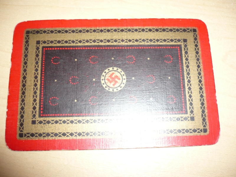 Jeux de carte nazi? P1030019