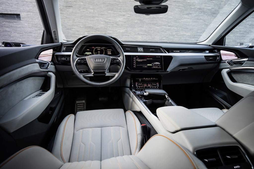 2018 [Audi] E-Tron Quattro - Page 4 A1875710