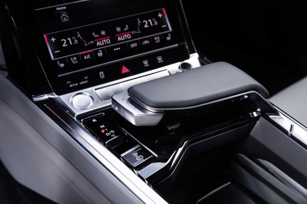 2018 [Audi] E-Tron Quattro - Page 4 A1875811