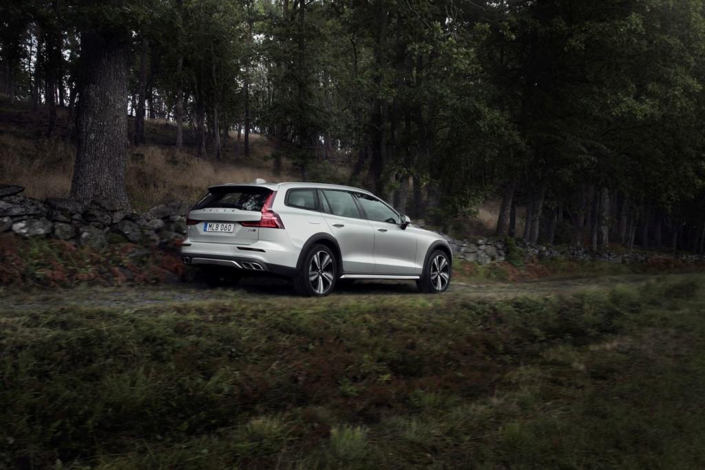 2018 - [Volvo] S60/V60 - Page 9 Cc-410