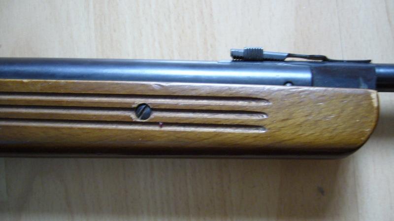 c'est une quoi ma carabine à plomb... ????? P1020612