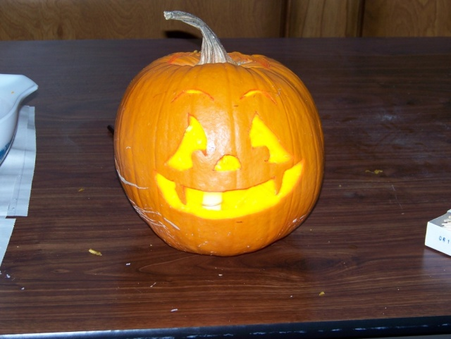 Post a picture of your pumpkin Snowda10