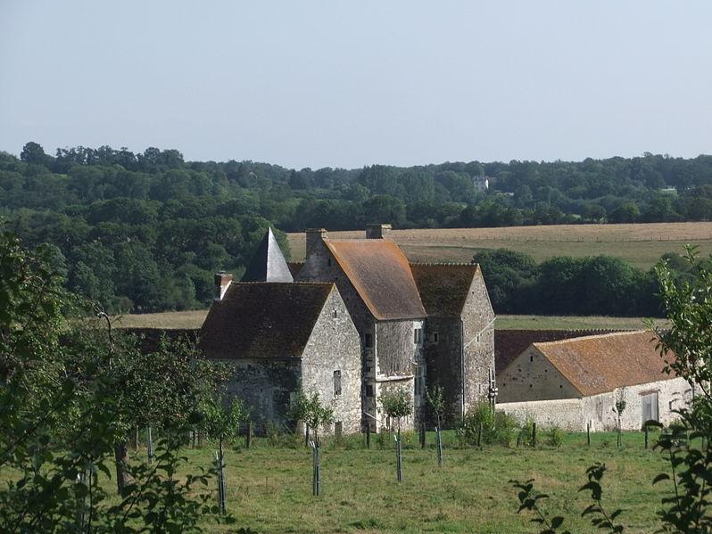 Les Chateaux de l'Orne 798px-11