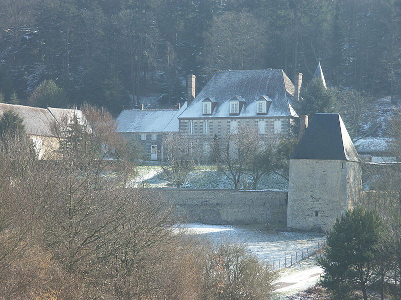 Les Chateaux de l'Orne 800px-17