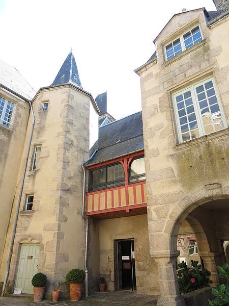 Les Chateaux de l'Orne Tribun10