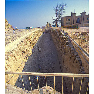 The Boat Pits of Khufu's Pyramid Kaufu_10