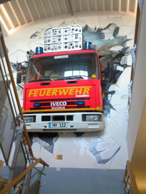 Landes - Feuerwehr- Schule - Treppenhauswand Pictur10