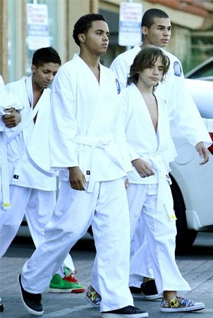 "Foto di Prince, Paris e ""Blanket"" - Pagina 22 2nrg2t11"