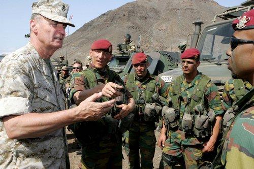 Les Paras-Commandos Belges 07310