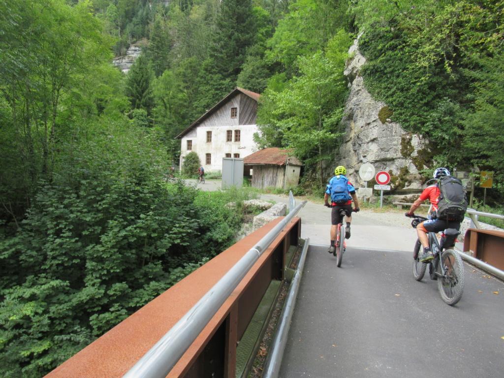 Grande traversée du Jura a VTT Img_0532
