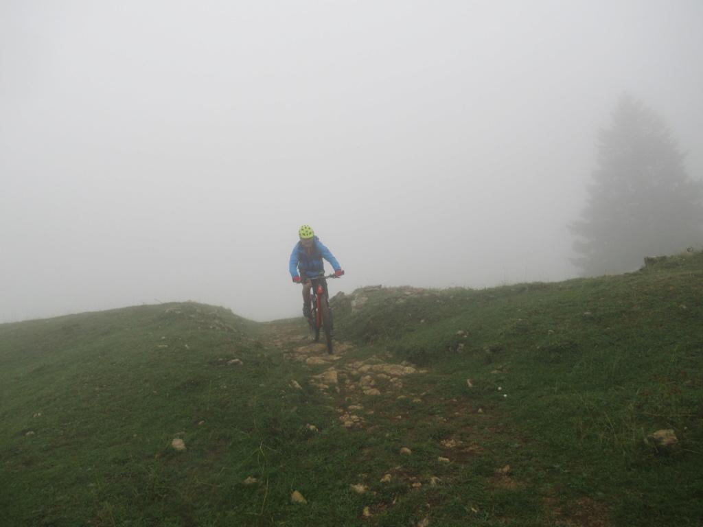 Grande traversée du Jura a VTT Img_0650