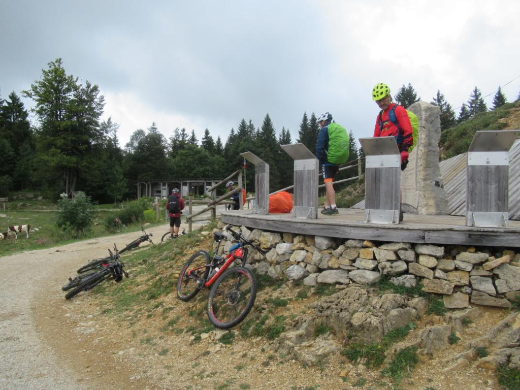 Grande traversée du Jura a VTT Img_0652