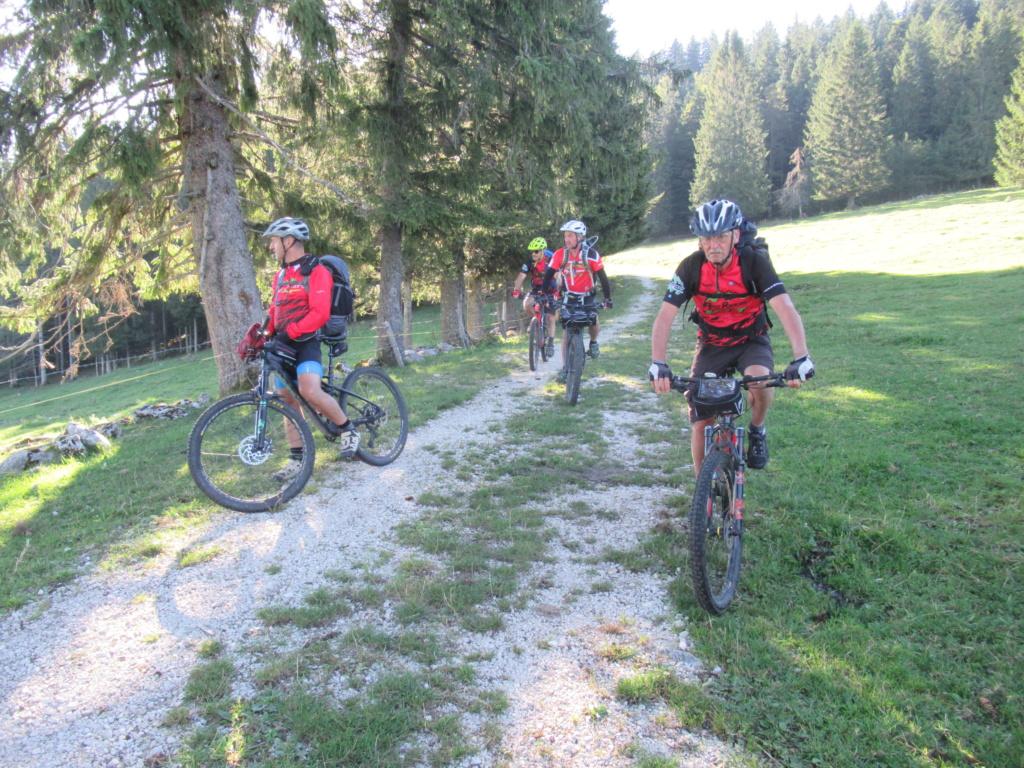 Grande traversée du Jura a VTT Img_0658