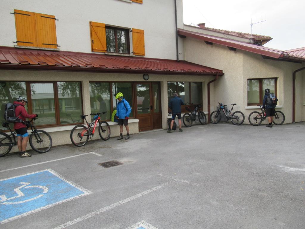 Grande traversée du Jura a VTT Img_0662