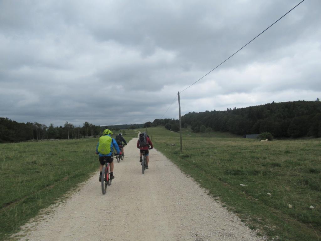 Grande traversée du Jura a VTT Img_0668