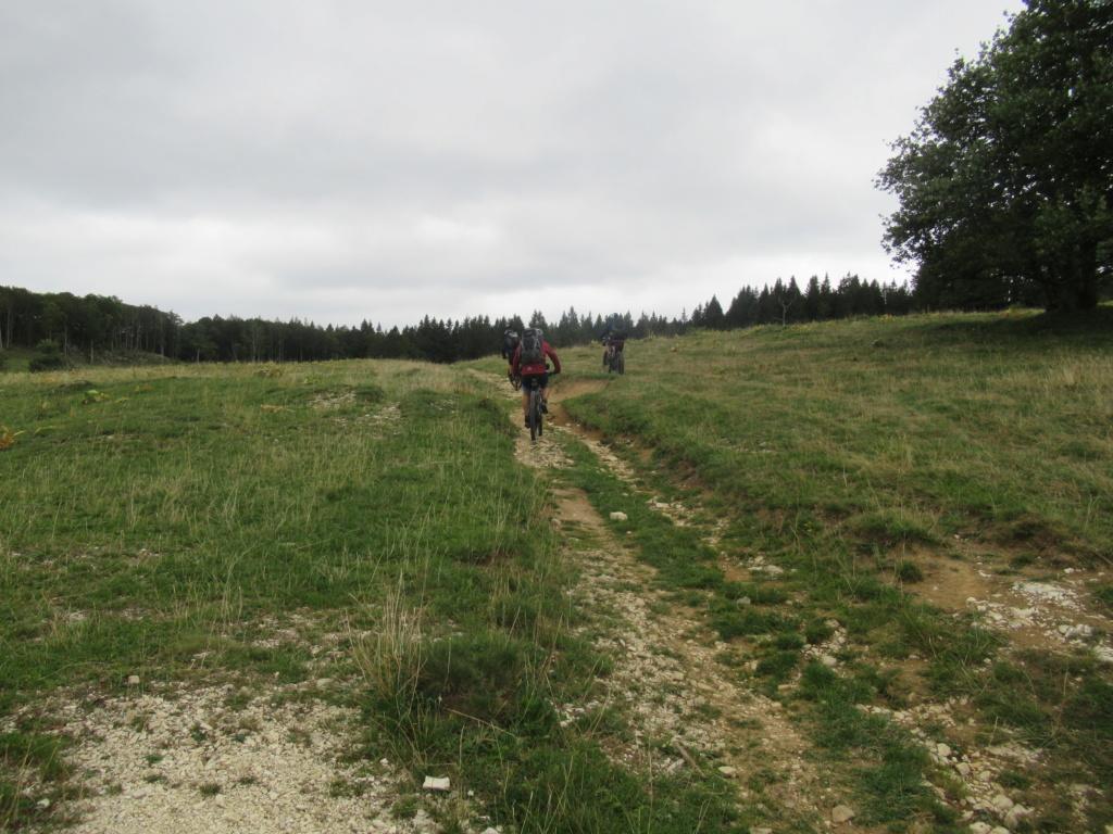 Grande traversée du Jura a VTT Img_0670