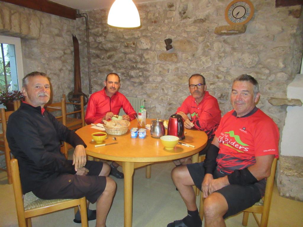 Grande traversée du Jura a VTT Img_0712