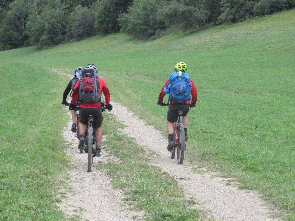Grande traversée du Jura a VTT Img_0715