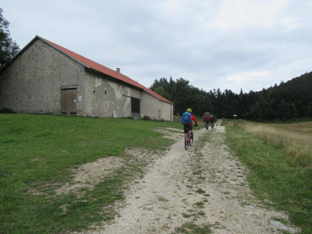 Grande traversée du Jura a VTT Img_0716