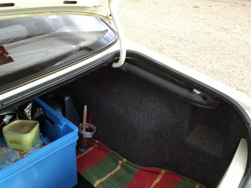 [GL + Husky-28] Peugeot 405 GL et Husky et autre discussion - Page 3 Img27210