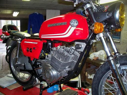 Nouvelle restauration d'une 350 Motoconfort 100_5813