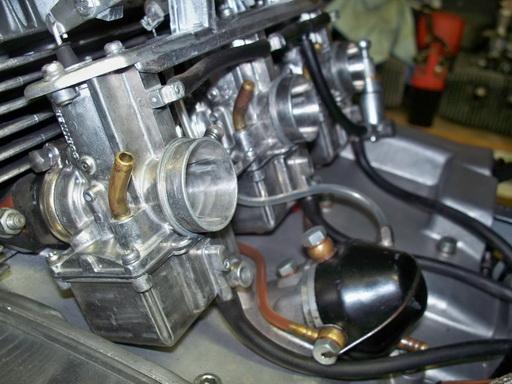 Nouvelle restauration d'une 350 Motoconfort 100_5814