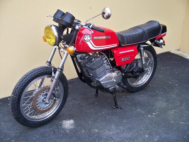 Nouvelle restauration d'une 350 Motoconfort - Page 2 100_5821