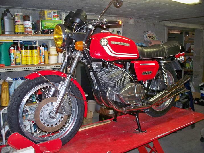 Nouvelle restauration d'une 350 Motoconfort - Page 2 100_5826