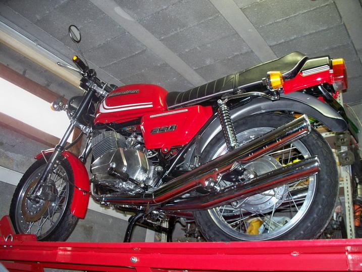 Nouvelle restauration d'une 350 Motoconfort - Page 2 100_5827