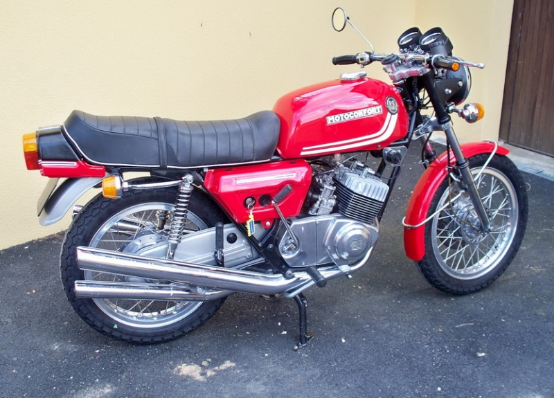 Nouvelle restauration d'une 350 Motoconfort - Page 2 100_5912