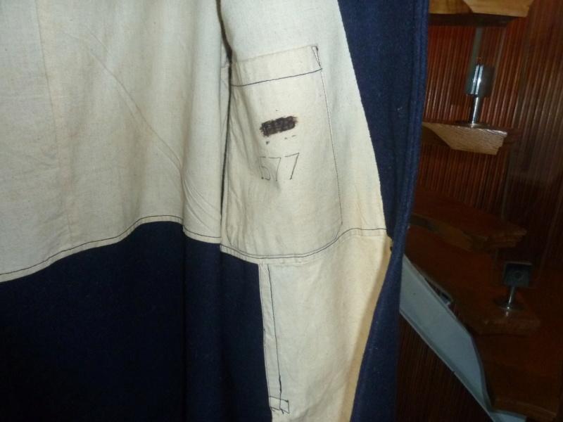Manteau bleu GDFB inconnu ESC - OCT 1 VENDU P1100641