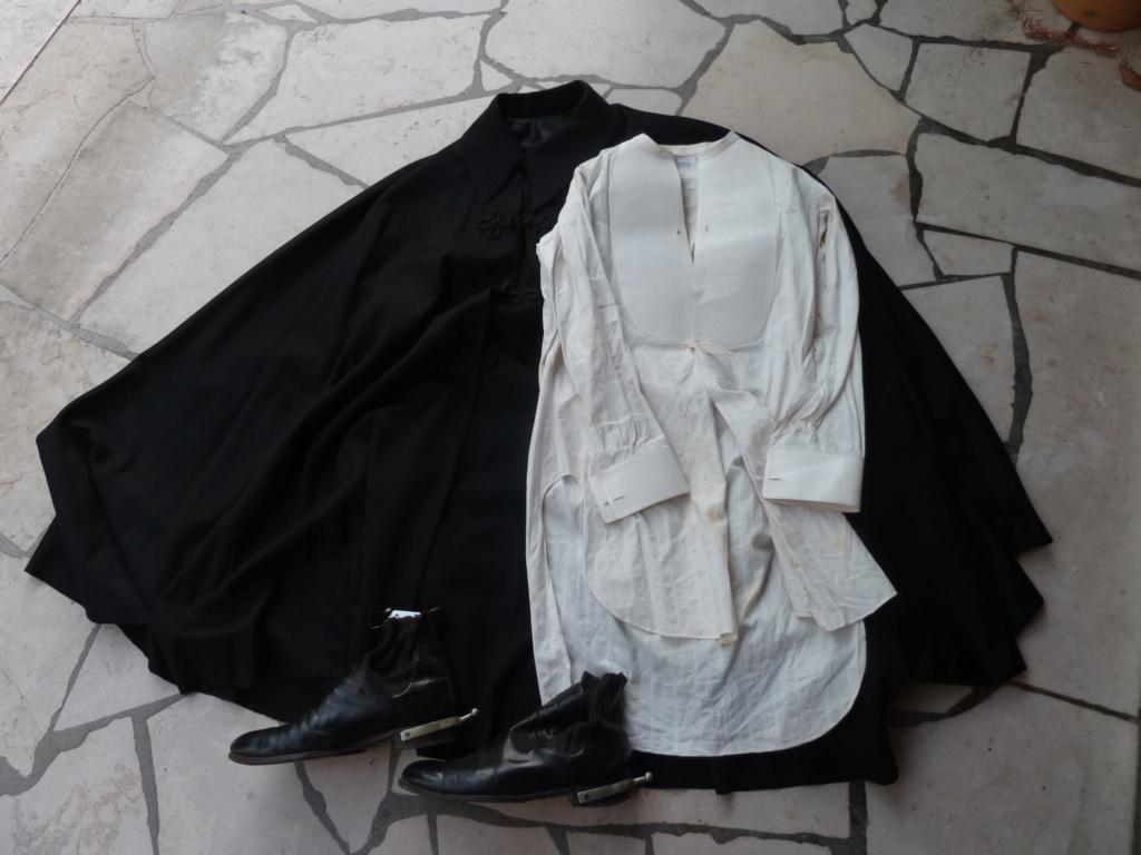 Lot officier 1931 Bottines, cape et chemise  ESC - JUIL 5  et FIN POUR LE MOIS P1110957