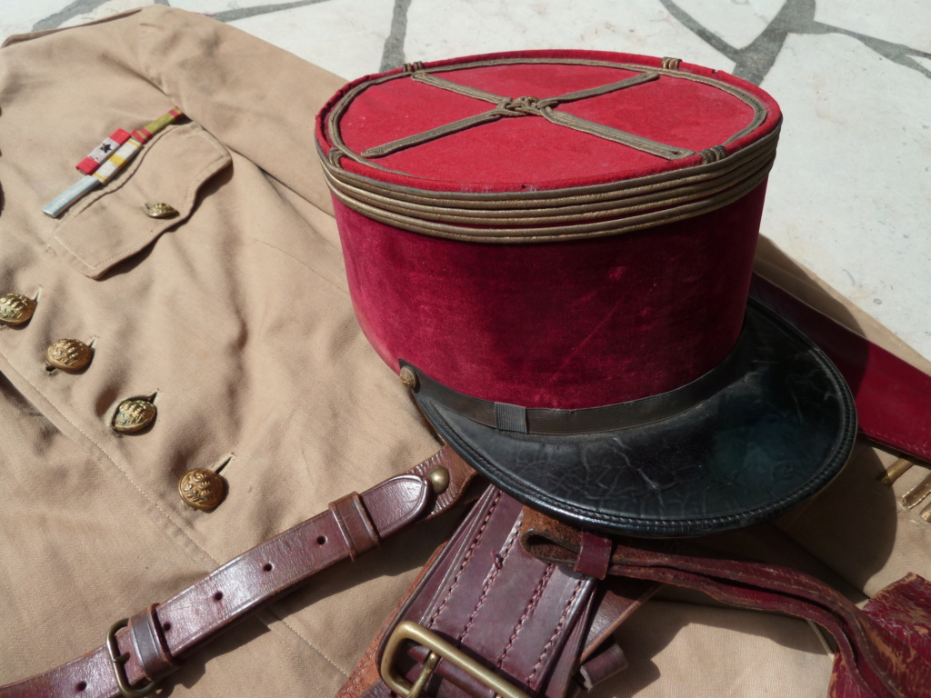 Ensemble toile médecin Guerre RIF Vareuse 29, Képi, culotte et accessoires ESC - JUIL 3 Finie P1120117